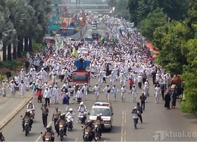 Indonesia Menuju Balaikota Dki Dan Dprd Dki Jakarta Di Jalan Kebon