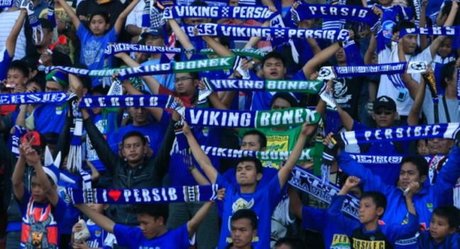 ... oleh kelumpok suporter Persib Bandung, Viking Persib Club (VPC