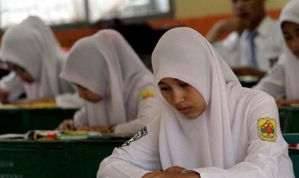 Menteri Agama Tinjau Un 2016 Di Madrasah Aliyah Swasta Aktual Com Terhangat Terpercaya
