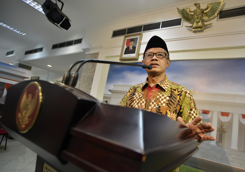 Hasil gambar untuk Ketua Umum PP Muhammadiyah Haedar Nashir