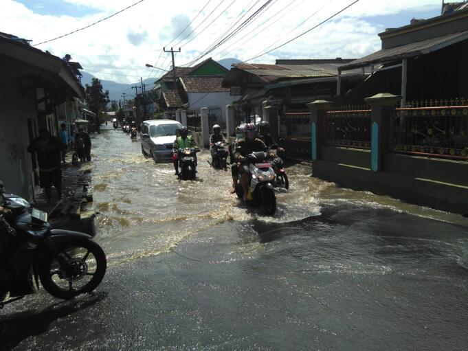 Hujan Banjir bandung