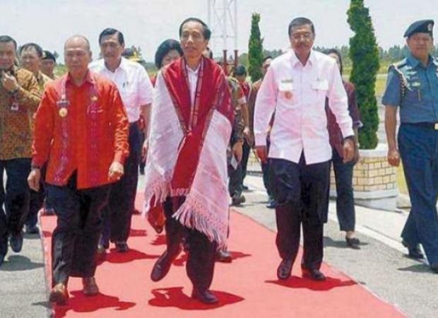 Presiden Jokowi saat Karnaval Kemerdekaan Pesona Danau Toba (istimewa)