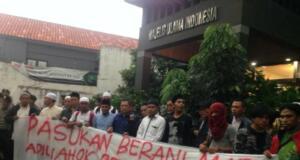Pasukan Berani Mati Minta Ahok Penghina Al-Quran Diadili