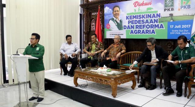 Diskusi tersebut bertema 'Kemiskinan Pedesaan Dan Reforma Agraria' sebagai rangkaian acara dalam rangka harlah ke 19 Tahun Partai Kebangkitan Bangsa. AKTUAL/Munzir