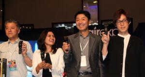 President Director of Panasonic Gobel Indonesia. Hiroyoshi Suga,(kedua dari kanan) didampingi Small Home Appliances Product Manager of PT Panasonic Gobel Indonesia, Rika Novita (kedua dari kiri) bersama, Manager of Personal Care Products Engineering Department from BLBD Panasonic Cooperation, Japan, Hitoshi Ogawa (kiri) dan Miyauchi Nobuyuki dari International Hairstylist and CEO of Nobu Salon, sedang memperkenalkan Panasonic ER-GP80 yaitu alat pencukur rambut terbaru dari Panasonic di Jakarta, Jumat (28/7). Panasonic ER-GP80 ini dilengkapi motor linier baru dengan kontrol yang konstan, pengendalian konstan dengan teknologi sensor canggih yang mendeteksi kepadatan rambut secara otomatis.