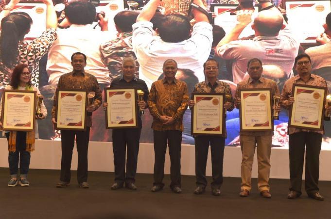 PT Perusahaan Gas Negara Tbk (PGN) kembali mendapatkan penghargaan Laporan Harta Kekayaan Penyelenggara Negara (LHKPN) dari Komisi Pemberantasan Korupsi (KPK). Penghargaan diberikan bersamaan dengan pelaksanaan peringatan Hari Anti Korupsi Sedunia (Hakordia) 2018 di Hotel Bidakara, Jakarta, Rabu (5/12/2018).
