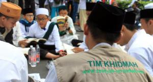 Ribuan massa aksi solidaritas bela umat muslim Uyghur mendatangi kantor Kedutaan Besar Republik Rakyat Tiongkok di Setia Budi, Kuningan, Jakarta Selatan, Jum'at (21/12/2018). AKTUAL/WARNOTO