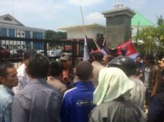 Korban Mafia Tanah unjuk rasa di depan Kantor BPN Tangsel
