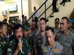 Panglima TNI Marsekal TNI Hadi Tjahjanto didampingi Kapolri Jenderal Polisi M Tito Karnavian menegaskan bahwa TNI tidak memberikan ruang atau tempat kepada perilaku rasis.