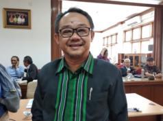 Ketua Badan Standar Nasional Pendidikan Abdul Mu'ti menjelaskan perubahan prosedur operasional standar Ujian Nasional 2020 di Jakarta, Selasa (21/1/2020).(ANTARA/Indriani)