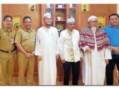 Bupati Banjar KH Khalilurrahman dan Sekda Banjar H Mokhamad Hilman menerima tamu dari Geri Warisan MAR Malaysia, yang dipimpin Nik Abdul Naseer bin Hamzah