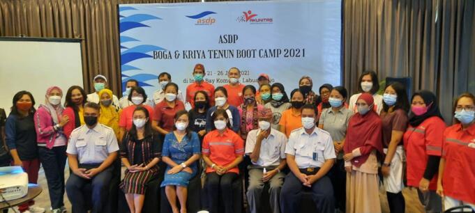 30 inovator UKM Kuliner dan Kriya Songke di Labuan Bajo, Manggarai Barat NTT, terpilih, mengikuti pelatihan PT ASDP Ferri Indonesia (Persero) dan Asosiasi Kelompok Usaha Unitas (Akunitss) di Hotel Inaya Bay