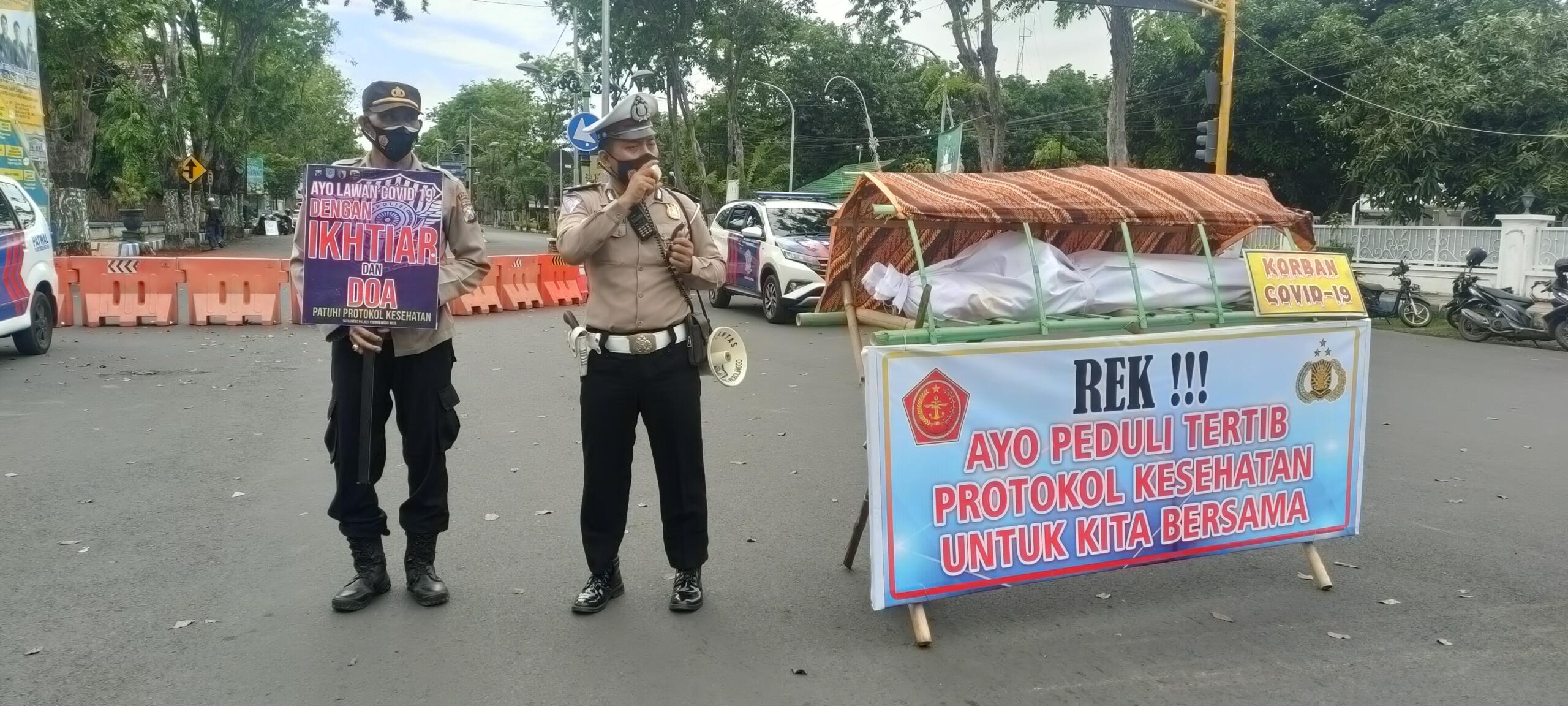 Imbauan Protokol Kesehatan oleh Polresta Probolinggo/foto:Istimewa