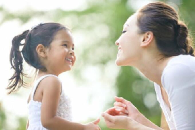 Ilustrasi Ibu dan Anak/Antara