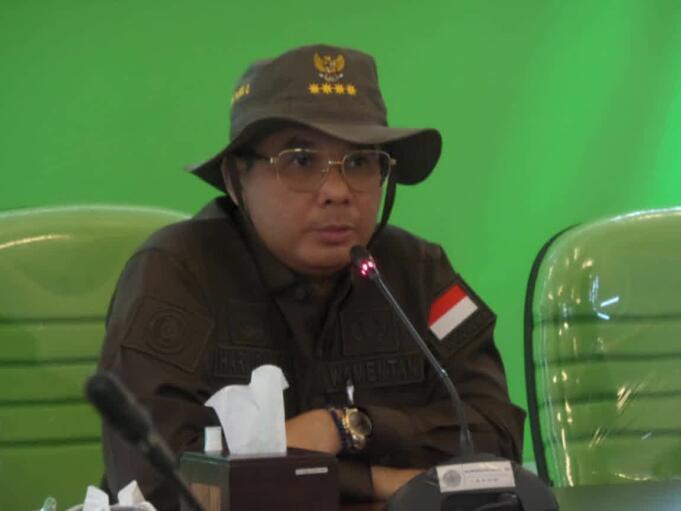 Wakil Menteri Pertanian RI, Harvick Hasnul Qolbi saat berdiskusi dengan para peneliti Balitbang Kementan di Balai Besar Pengkajian dan Pengembangan Teknologi Pertanian (BBP2TP), Kota Bogor, Kamis (16/9). (Foto: Warnoto/AKTUAL)