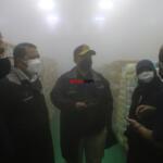 Peninjauan secara langsung gudang penyimpanan daging oleh Wakil Menteri Pertanian Harvick Hasnul Qolbi, di PT RASS Mandiri, perusahaan yang bergerak di sektor importir daging, di Jl Raden Inten, Jakarta Timur Rabu (15/9). AKTUAL / WARNOTO